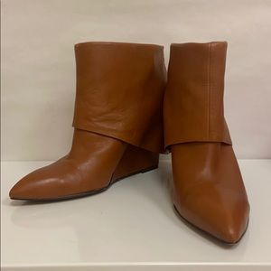 Nine West Cognac Booties Sz 7.5